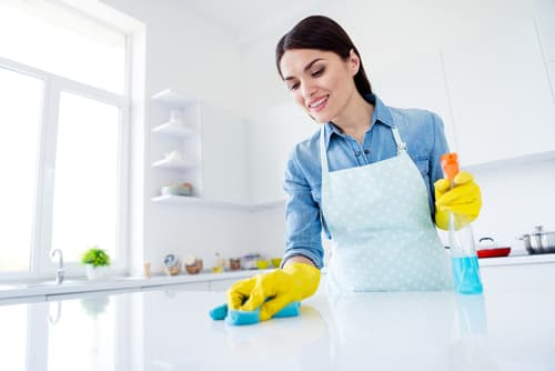 What are the benefits of having a clean house